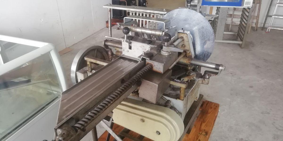 Nářezový stroj Berkel