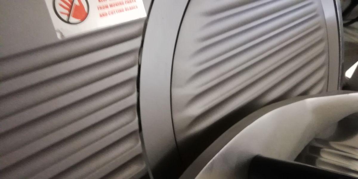 Nářezový stroj teflon pr. 250 mm