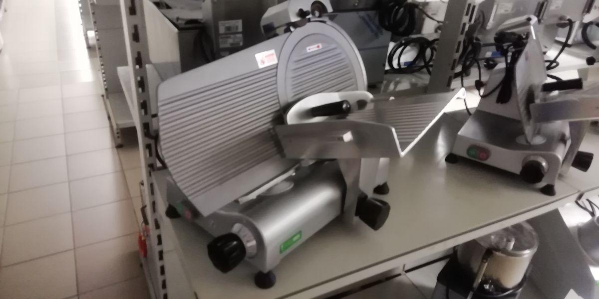 Nářezový stroj teflon pr. 220 mm