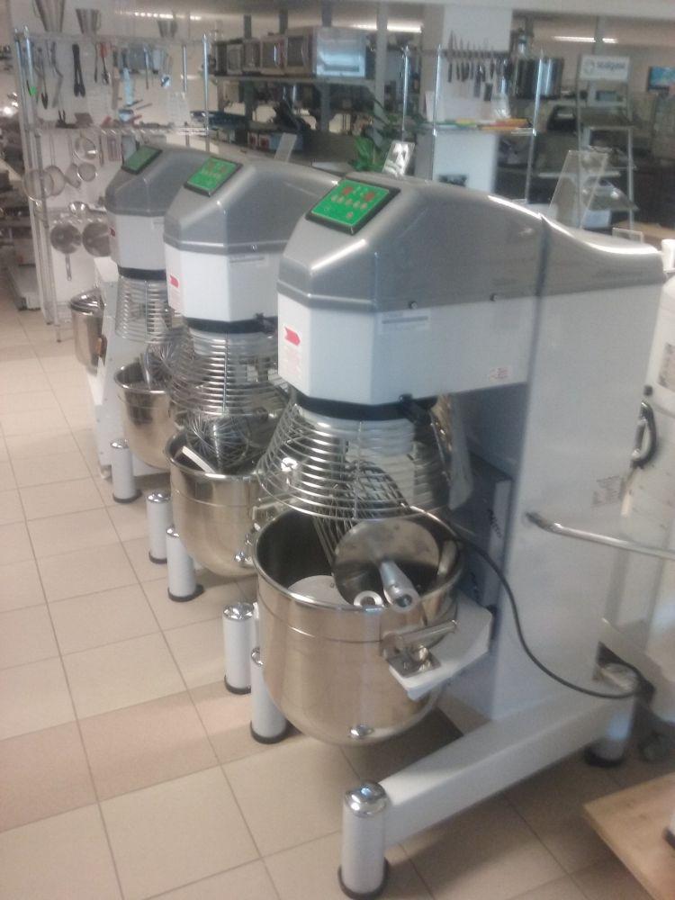 Universální robot Premium 40 L