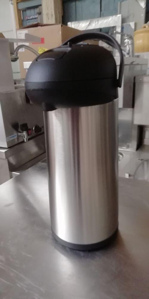 Termoska s pumpou 2,5 L