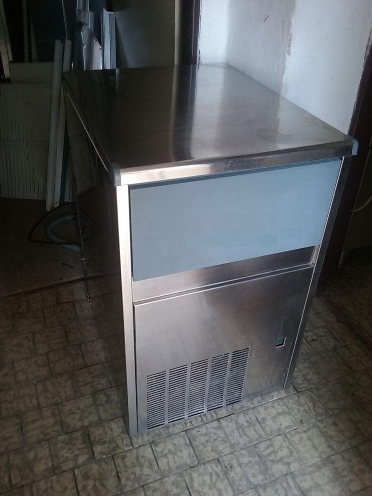 Výrobník ledu EKO 26 Kg / 24 h.